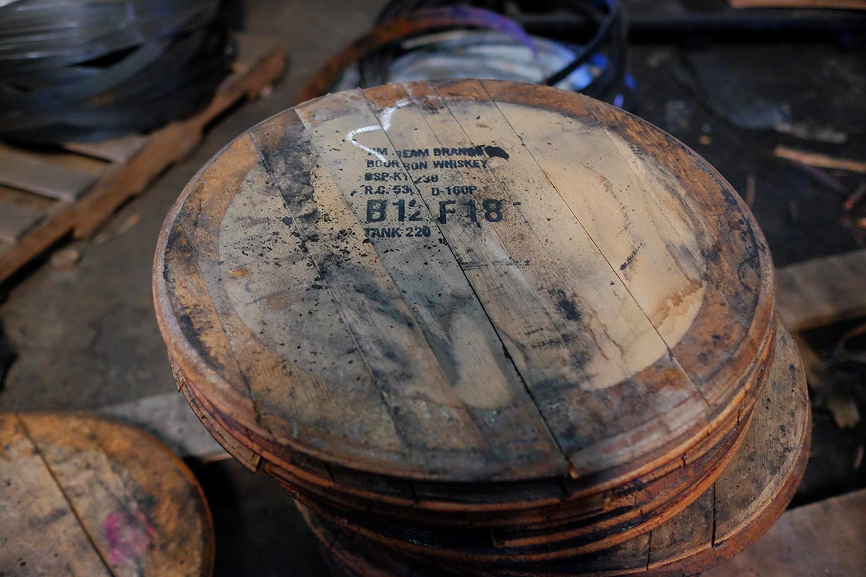 Oak barrel heads
