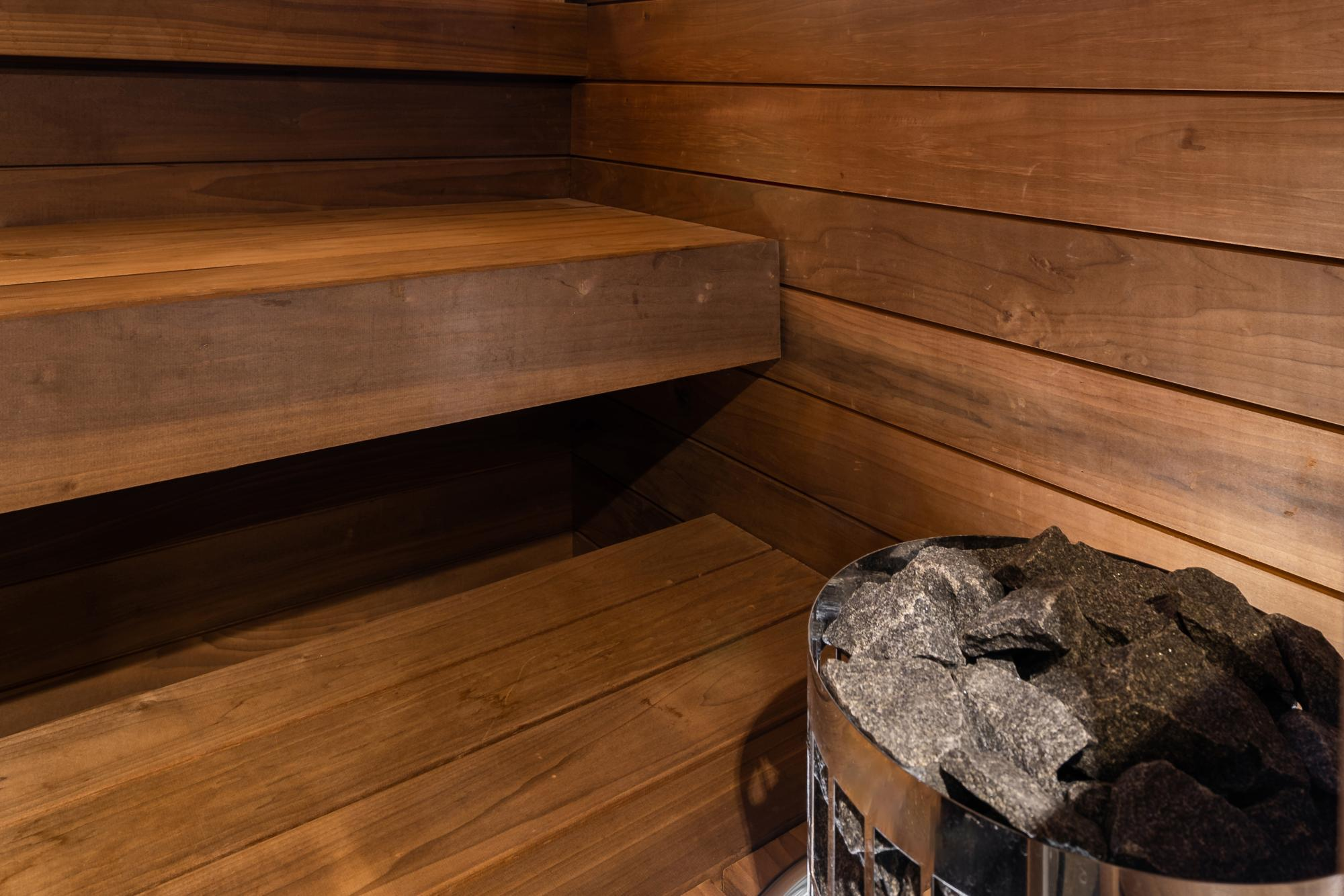 Thermoheated tulipwood sauna panels and benches